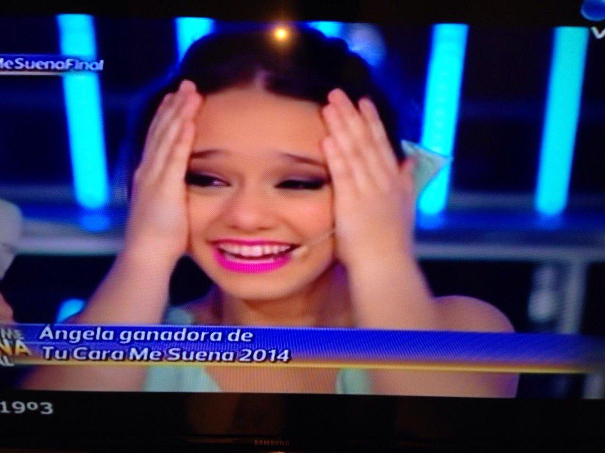 Felicitaciones sobrinaaa!!! Que orgullo verte triunfar!! Talentosa y linda persona!!Te queremos!!!!! @angelatorresOK http://t.co/DUo73jzILD