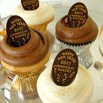 マグノリアベーカリーから、新年を祝う限定カップケーキ発売 - http://t.co/rbdy8tdmac http://t.co/6InRyUq44f