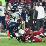 Seahawks explode for 21 Pts in 4th qtr to blow out Cardinals, 35-6. Seattle takes over 1st place in NFC West w/ win. http://t.co/nCi86tLa98