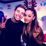 Great seeing you again tonight @ArianaGrande ????✌️http://t.co/zgWypoCORd http://t.co/ZQKawBYdKP
