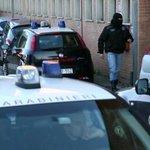 Blitz antiterrorismo dei Ros contro neofascisti, 14 arresti http://t.co/jMi5FUV58m http://t.co/FhqIkHrY0T