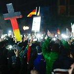 Meistgeklickt: Peinliche Recherche bei Pegida-Demo: RTL entlässt Undercover-Reporter http://t.co/amZ2E6Jz0W http://t.co/syMVjPJrcA