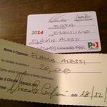 Venti euro e zero controlli per una tessera falsa del #Pd http://t.co/PifZP9kjbQ di @flaviaamabile http://t.co/szEbc0ZvTq