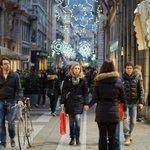A #Trieste si può fare shopping con parcheggi agevolati! Ecco la mappa su @il_piccolo http://t.co/4T8753goHy #Natale http://t.co/dTJSMUFkOb