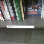 Libro @catenitto alla @RizzoliLibri #Milano ma perché così poco spazio a libri #ambiente nella nuova libreria? http://t.co/HoUvk98cTY