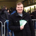 This lucky fan got a ticket for @YTFC v @ManUtd in the FA Cup... after a 17-hour wait http://t.co/YFfBFyP996 http://t.co/tQOTaqRoyR