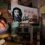Goodbye Cuba! Il reportage di Steve McCurry dall'isola Le foto http://t.co/dyzlYih3ym http://t.co/NY09H8v5JT
