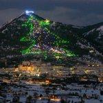 Fino al 10 gennaio, a #Gubbio potrete ammirare lAlbero di Natale più grande del mondo. => http://t.co/Vs7Xf1cHRr http://t.co/Q1BmfitLoi