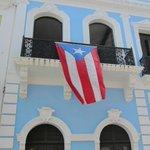 ¡ORGULLO BORICUA! Hoy se celebra el Día de la Bandera de Puerto Rico http://t.co/VFIzWq8Cpd