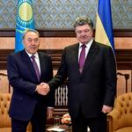 Порошенко договорился закупать уголь в Казахстане http://t.co/LtQa4tun9i Слава Таможенному союзу! http://t.co/lZ4hXBAsD6
