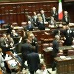 @beppe_grillo Ci chiamano buffoni. Meglio buffoni che ladri! Noi #M5S difendiamo le tasche dei cittadini italiani. http://t.co/JUWnFZ2woT