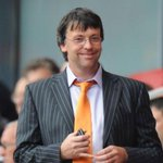 Blackpool fans call on Karl Oyston to resign after he allegedly called one a retard http://t.co/nW0S71YxTL http://t.co/dBl4UnjDii