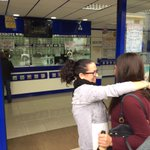 #LoteríadeNavidad | Saray soñó con un número acabado en 845. Anoche, compró el segundo premio. http://t.co/9E2rdvcuq4 http://t.co/tZUgDRsS4J