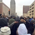 Huddle. Traffic stopped. Milwaukee. #DontreHamilton http://t.co/uYnQauo5AB