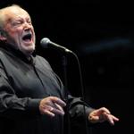 Singer Joe Cocker dies at age 70 http://t.co/kE7Ml0lyVH http://t.co/sjQ2kUT4Ob