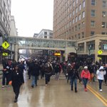 #DontreHamilton #Milwaukee #protest crossing WI Ave bridge headed East http://t.co/Jj4rCHdtuz