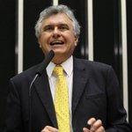 Ronaldo Caiado diz que Dilma, ao isentar Graça, chama para si a responsabilidade. http://t.co/wX9UohUrlk http://t.co/VQ4ZrXhQup