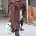 LENNY KRAVITZ IS A #SCARFGOD. we love him. knitwear is not a joke http://t.co/5SZ9pz6OHl