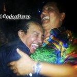 ...Ese cariño puro y sincero que siempre unió a @DiomedesDiaz & @PonchoZuleta http://t.co/WadL0qwBnL