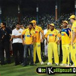 Similarities between #Vijay & #Dhoni. Is their patience in their field. #10YearsofDHONIsm http://t.co/I0ww0dNa7r