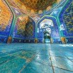 Sheikh lotf ol Ollah Mosque - Isfahan - Iran قدرت شگفت انگيز نور و رنگ نمايي از درون مسجد شيخ لطف الله http://t.co/AsvGFPAvuu