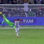 The save that clinched the Italian Super Cup for Napoli against Juventus after a crazy 6-5 penalty shoot out win. http://t.co/3FVpYTYvzV