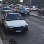 El wn generando el taco a la salida del mall #Antofagasta y otros mal estacionados http://t.co/O32g1CbJ42