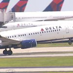 #BREAKING: @Delta employee charged with helping smuggle guns onto plane http://t.co/qW40sodwgu Live updates on Ch2. http://t.co/Z37rUQXA5W