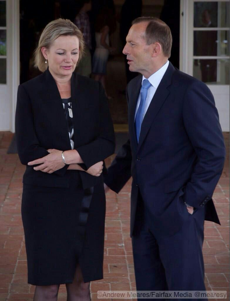 Look at her body language! #auspol http://t.co/hVlhoZVg2w