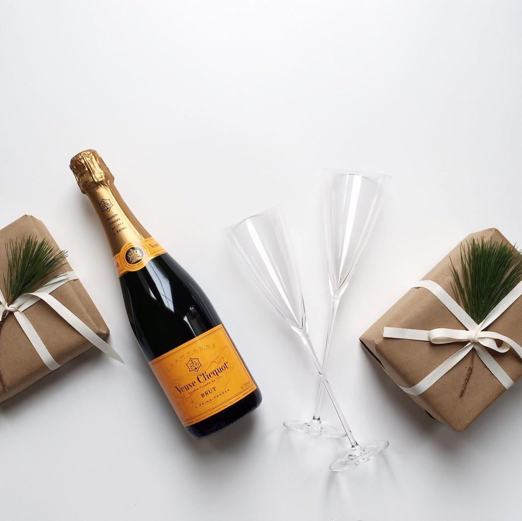 Some gifts don't need to be wrapped. #CelebrateClicquot http://t.co/I6IbqpiPWT