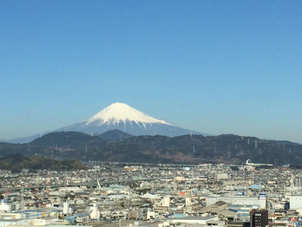 今日の富士山は、それはそれは美しかった! http://t.co/w4RuFvCp1s