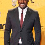 """@THR:Limbaugh: @IdrisElba Can't Play #Bond Coz He's Black http://t.co/6qSkFkKyM7 http://t.co/MCEQsgla9z""and Rush can't coz he isn't human"