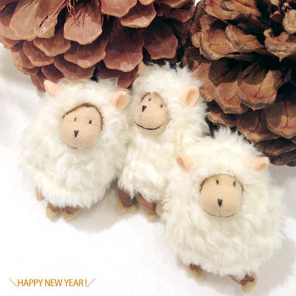 HAPPY NEW YEAR! 今年もよろしくお願いします。ひつじ。 http://t.co/HjNgXSmAgy
