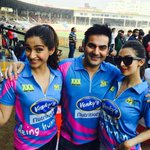 With @sonamakapoor and Malaika at CCL match between Mumbai Heroes vs Veer Marathi for #DollyKiDoli promotion s !!! http://t.co/PicKxnKNvX