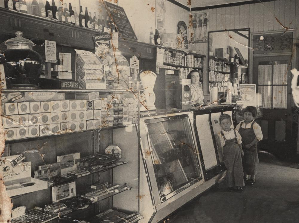 palmos fruit shop corner of heidelberg st and lytton rd east brisbane in ca 1940 slqld. Black Bedroom Furniture Sets. Home Design Ideas
