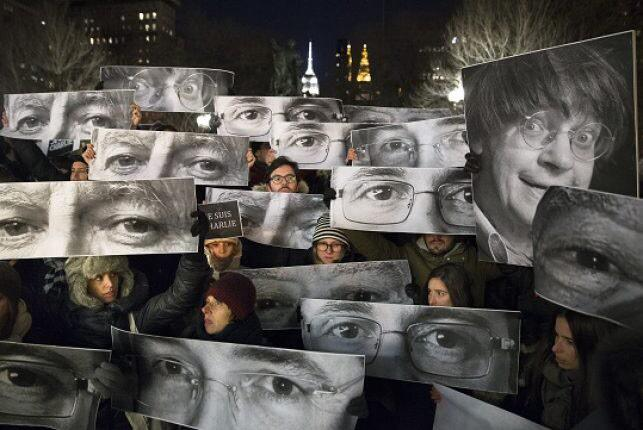 I lovely photo honouring those passed #JeSuisCharlie (via @torontostar) http://t.co/groH7JRYaz http://t.co/vs2fGOhVPn