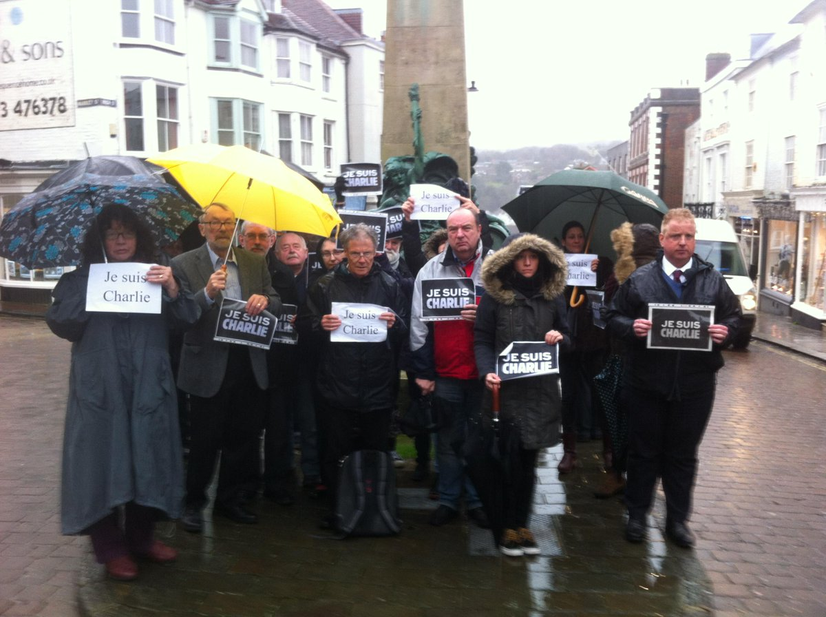 Vigil at Lewes War Memorial this morning #JeSuisCharlie http://t.co/7fUBLQgYxN