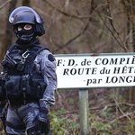 RT @WilliamsJon: French special forces (GIPN) searching for #CharlieHebdo suspects seal off Forêt de Retz (Pic: @GettyImages) http://t.co/d…