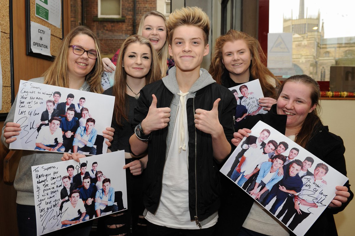 CLICK HERE to win a signed #StereoKicksArmy poster -  @ReeceBibby  http://t.co/OR72TgVDYe http://t.co/SUw8d2SVjr
