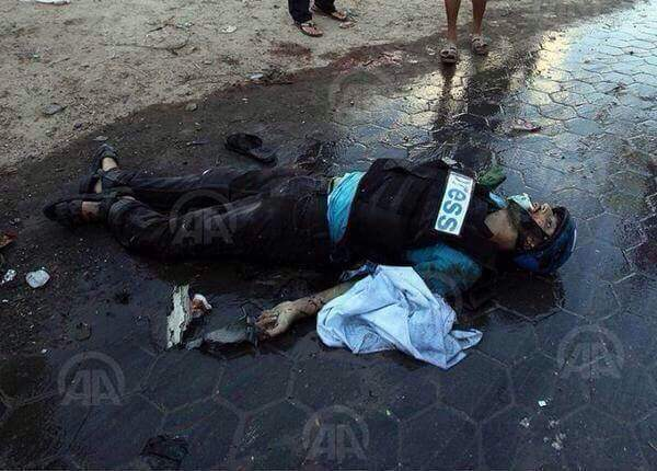 17 journalists gunned down by Israel in Gaza. No outcry about freedom of speech? http://t.co/B2Zofy37xu