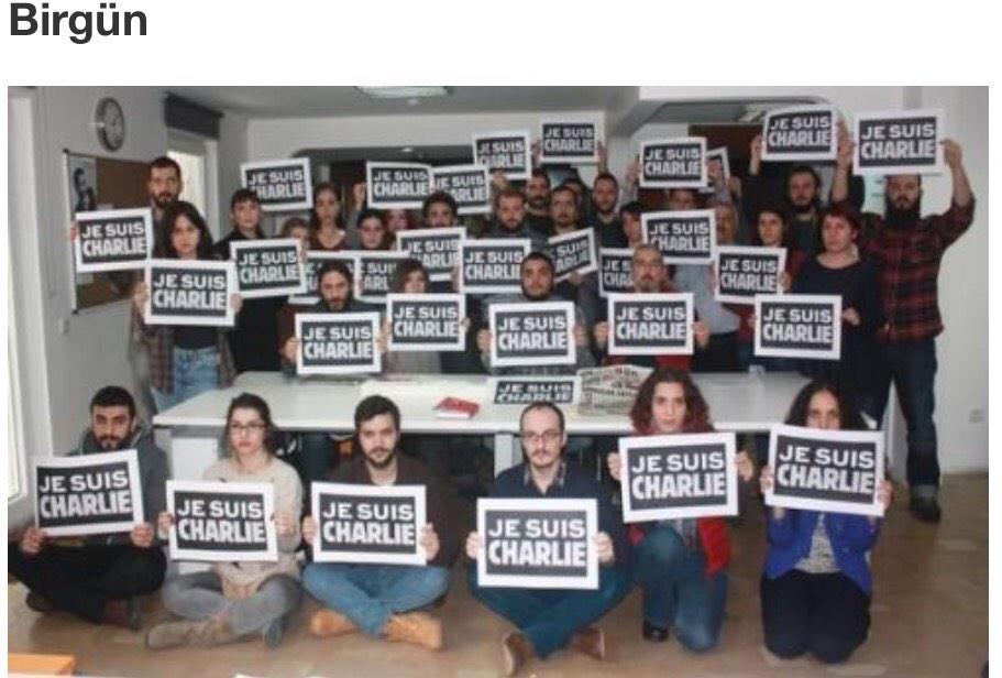 journalists from turkey in support of #CharlieHebdo #IamCharlie #JeSuisCharlie #JeSuisAhmed http://t.co/ZTRsUZOJZn