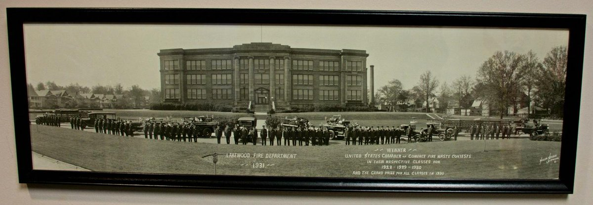 #tbt Photo of 1931 @LakewoodFire Dept. in front of @Lkwd_LHS Old Building http://t.co/fhdl37XKPm