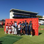RT @KFCSA: What a fantastic win by the #KFCMiniCricket kids against their heros, the #Proteas! @OfficialCSA @GraemeSmith49 http://t.co/tg6i…