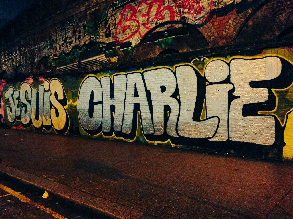 Stunning to walk into this on way home. #JeSuisCharlie http://t.co/3mM6Bt3NBL