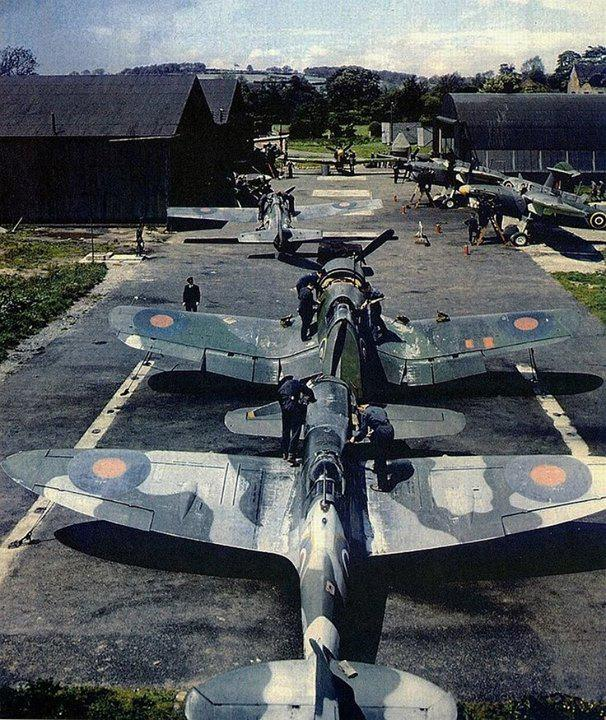 """Were is this?! G&K """"@WarHistoryOL This has to be a rare photo... RAF's Spitfire, Corsair, Martlet and Barracuda. http://t.co/umZ8K0juHm"""""""