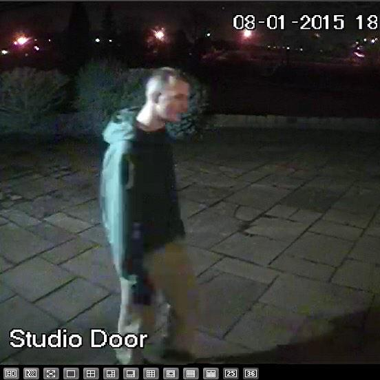 Look, more pics of the lads stealing from my big bro's house the gits. Who are they? Pls RT. Bolton/Ainsworth area http://t.co/mqBgg0ylqC