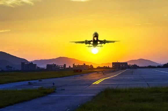 New routes=cheaper flights. We like it: http://t.co/eHK7HLbEzU #travel #traveldeals http://t.co/jLwtCL8FrU