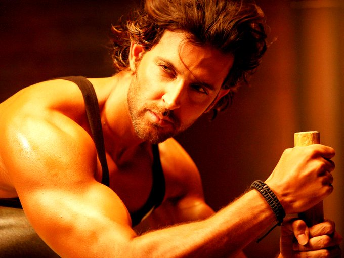 Happy Birthday Hrithik Roshan! Awe-inspiring facts about the Greek God of Bollywood :-