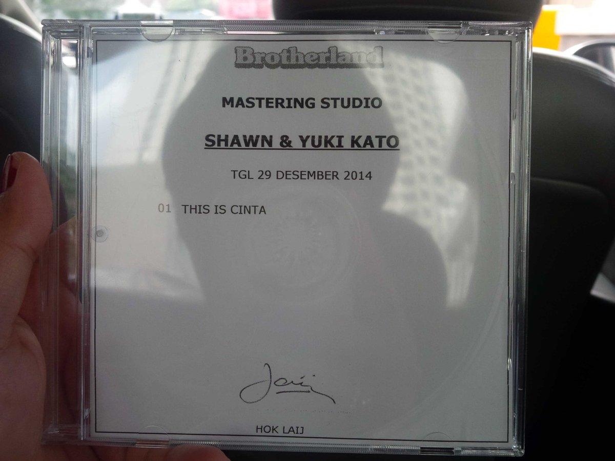 Yeaaay master lagu OST @ThisIsCinta udh selesai @shawnslayer5 @yukikatou2 @andhikatriyadi http://t.co/c2Udwl4Qcc