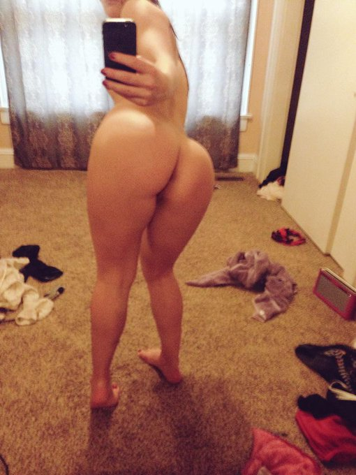 I make such a mess getting ready :D #assMonday #booty #selfie #makeup #hair #distracted #fun http://t